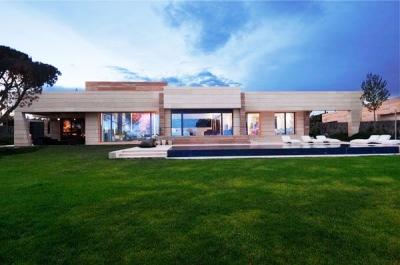 Абонамент ДОМ - услуга абонаментно професионално почистване на домове от фирма Евро Вип